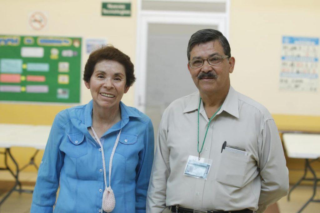 Con apoyo del IMSS, más de 19,800 adultos mayores han concluido sus estudios de primaria y secundaria