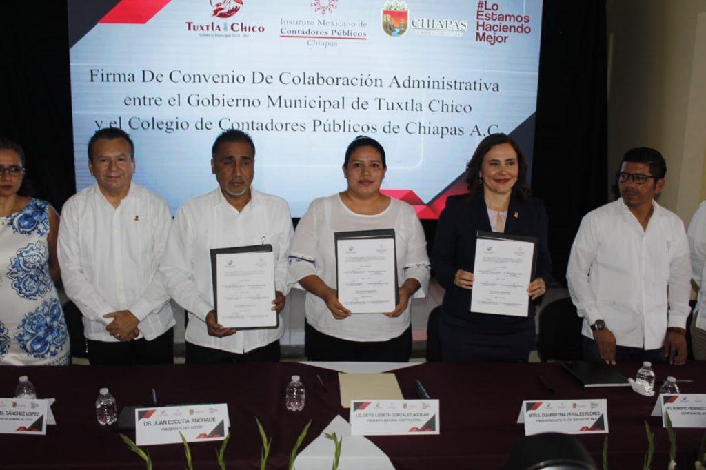 Contadores Públicos firman convenio de Colaboración con ayuntamiento de Tuxtla Chico para transparentar rendición de cuentas