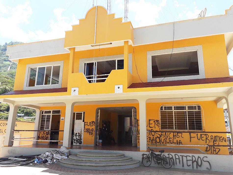 En el municipio de El Bosque vulneran derechos de alcaldesa y regidoras