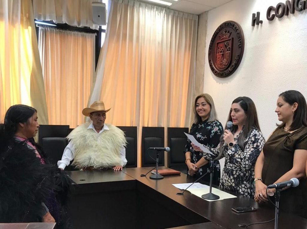 Entregan nombramientos a regidores de San Juan Chamula