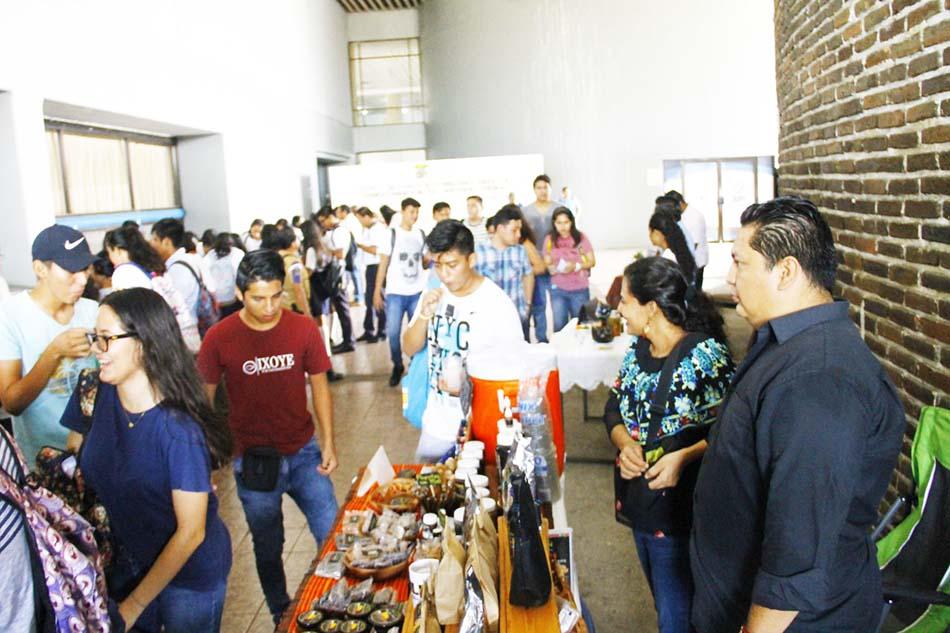 """Inauguran Expo Taller """"Alternativas para la transformación de materias primas"""""""