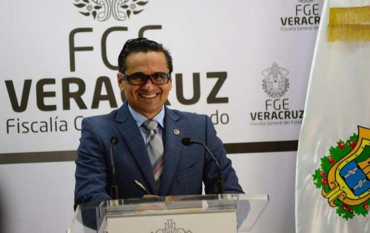 Jorge Winckler, ex fiscal de Veracruz, ya tiene orden de aprehensión