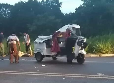 Moto triciclos cubren rutas en carretera federal ante omisión de policía federal en Tapachula