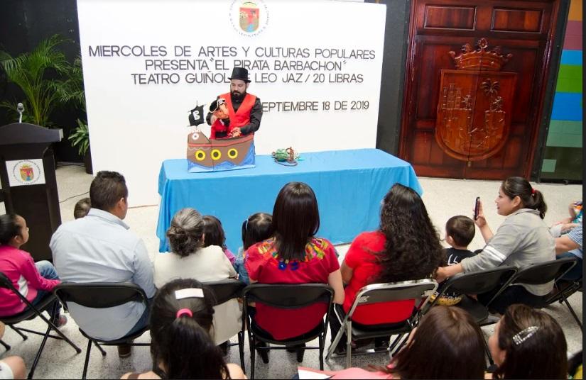 Presentan obra de Teatro Guiñol en el Congreso del Estado