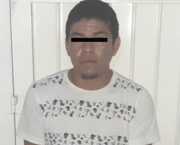 Presunto narcomenudista es asegurado por la Policía Municipal