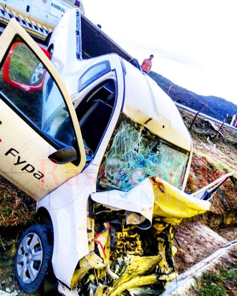 Choque entre camionetas en tramo Comitán - San Cristóbal deja 6 lesionados