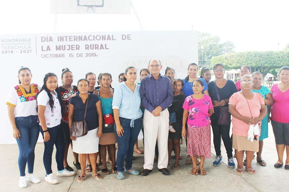 El Presidente Óscar Gurría asiste a conmemoración del Día Internacional de la Mujer Rural