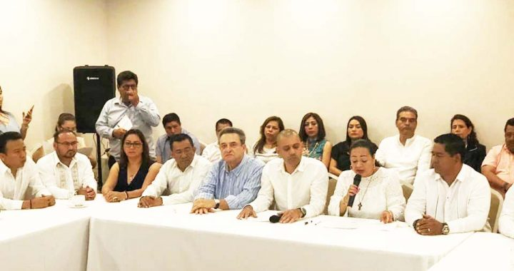 Renuncian alcaldes a su partido se declaran MORENA pero no podrán afiliarse