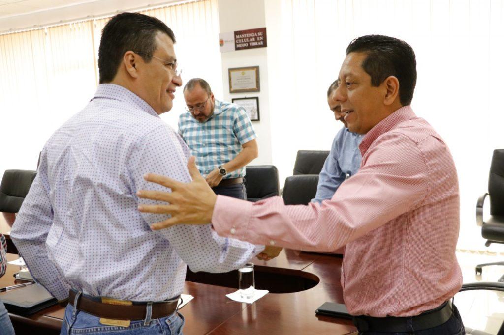 Se reúne Llaven Abarca con el auditor superior del estado