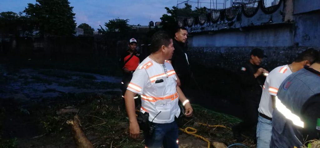 SSyPC brinda apoyo a habitantes de Tonalá tras desbordamiento de arroyos