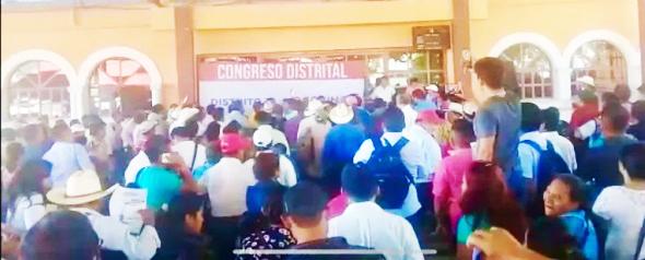 Suspenden asambleas para elegir delegados de Morena en 3 distritos de Chiapas