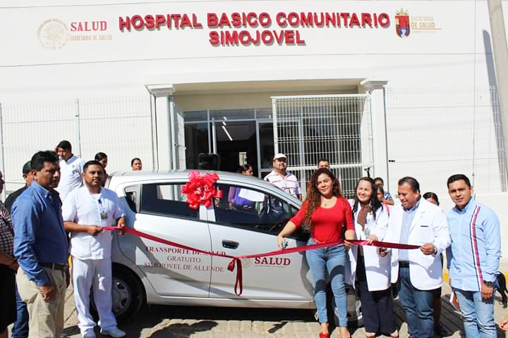 Alcaldesa de Simojovel pone a disposición transporte gratuito a la clínica de salud