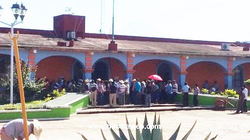 Amenazancon volver a manifestarse en la presidencia de Huehuetán