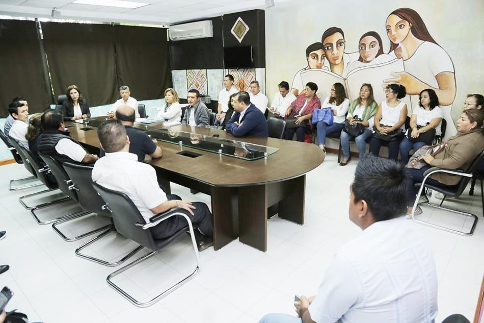 "Anuncia Secretaria de Educación reincorporación laboral de 43 maestros a la Escuela Secundaria ""Moisés Sáenz Garza"""