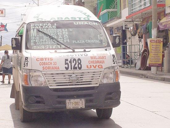 Colonos de Tuxtla Gutiérrez exigen transporte digno