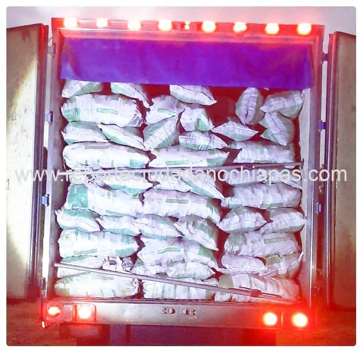 Detiene FGR a sujeto con 26 toneladas de carbón que eran transportadas de forma ilegal