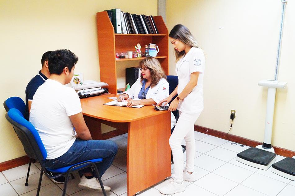 En UNICACH resaltan trascendencia de nutriólogos