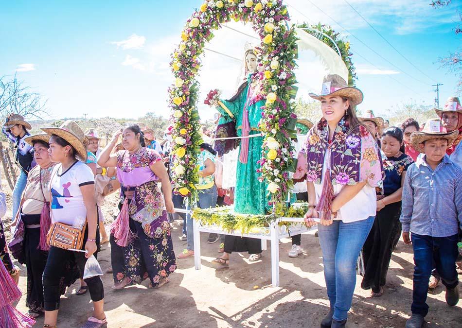 La fiesta de la Candelaria trasciende fronteras y une a las familias Palacios Farrera