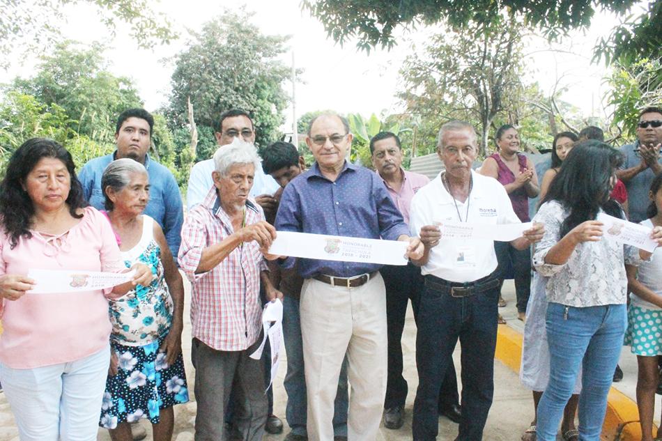 El Presidente Municipal Gurría Penagos entrega obra social en colonia Fuerza y Progreso