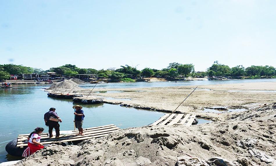 Río Suchiate, que divide a México con Guatemala, en su nivel más bajo: PC