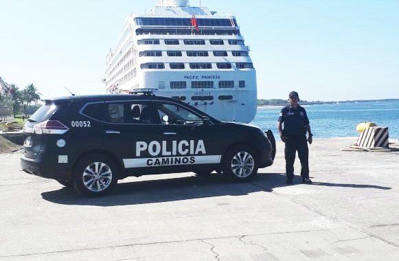 SSyPC escolta a turistas del crucero Pacific Princess