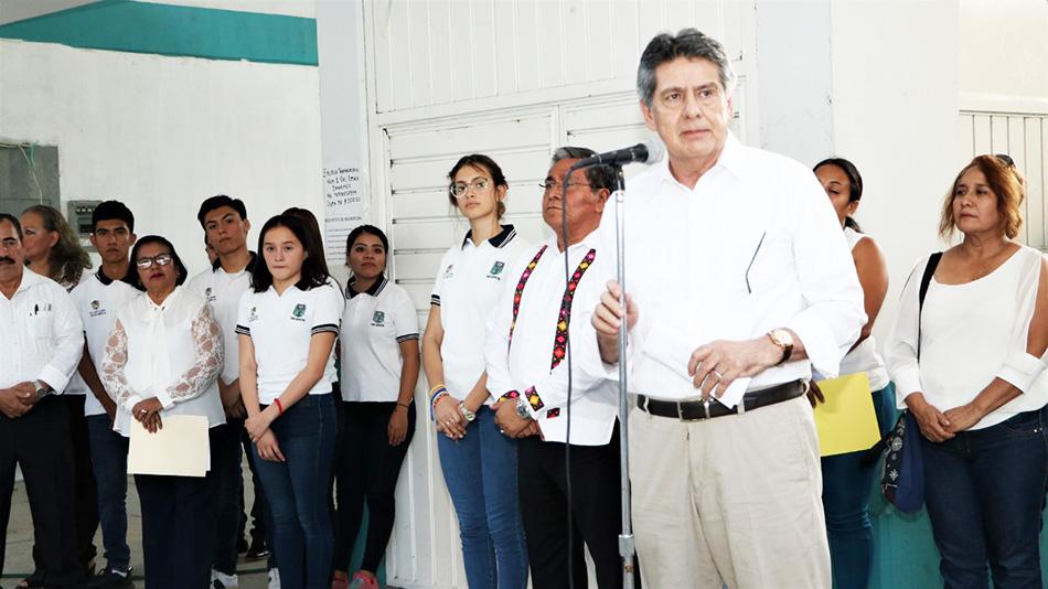 Carlos Morales anuncia la implementacióndel programa de prevención del delito en la Preparatoria número 1