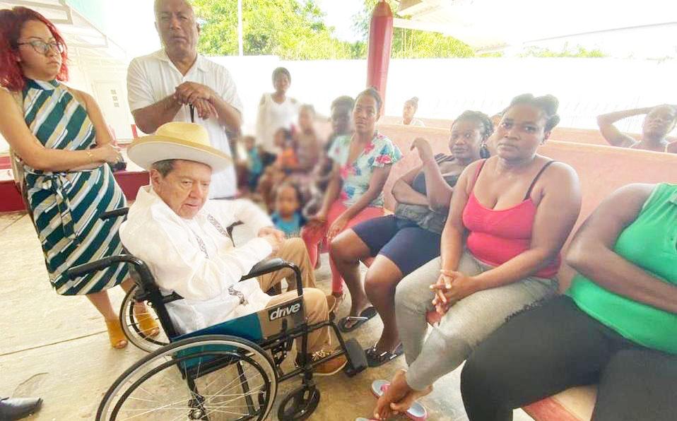 Muñoz Ledo dice que estación migratoria en Tapachula es una prisión