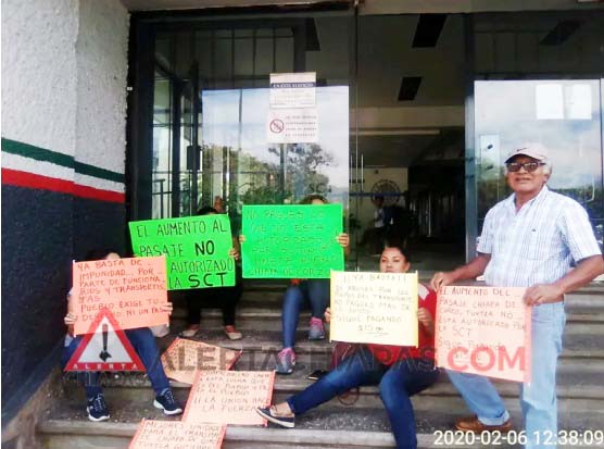 Sin autorización el incremento al pasaje en Chiapa de Corzo, ciudadanos se manifiestan