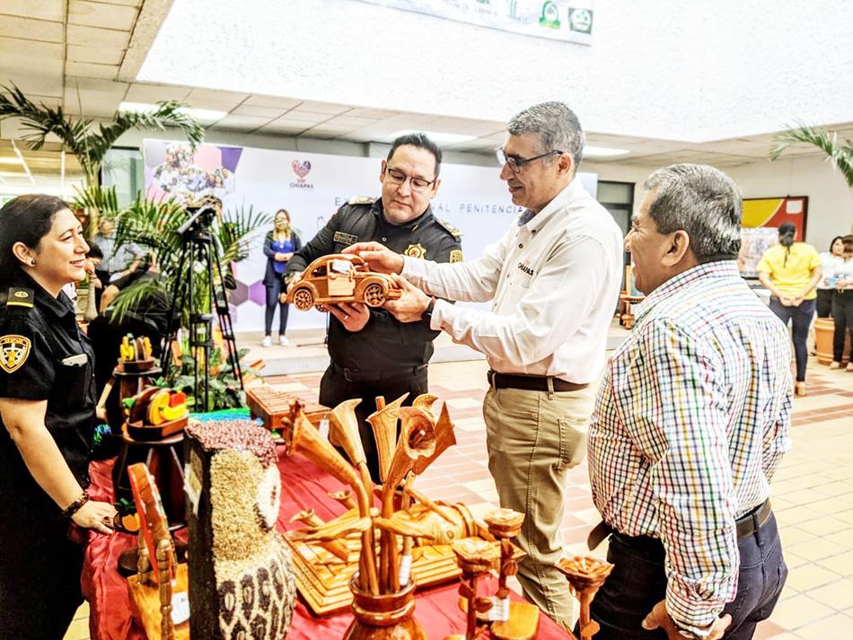 SSyPC abre Bazar Penitenciario en el DIF Estatal