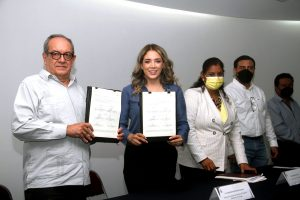 IndeporteyUnicachfirman convenio en beneficio de deportistas chiapanecos