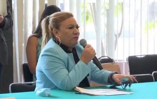 Pide alcaldesa de Suchiate a diputados federales intervenir para que aduanas de Guatemala agilicen entrada de tráileres